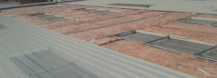 Installation of industrial roofing in Banbury